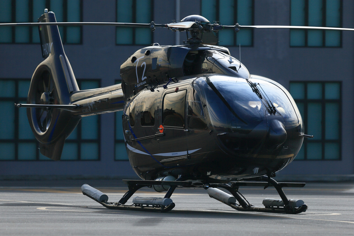 Elicottero H145 : Civil helicopter h airbus helicopters