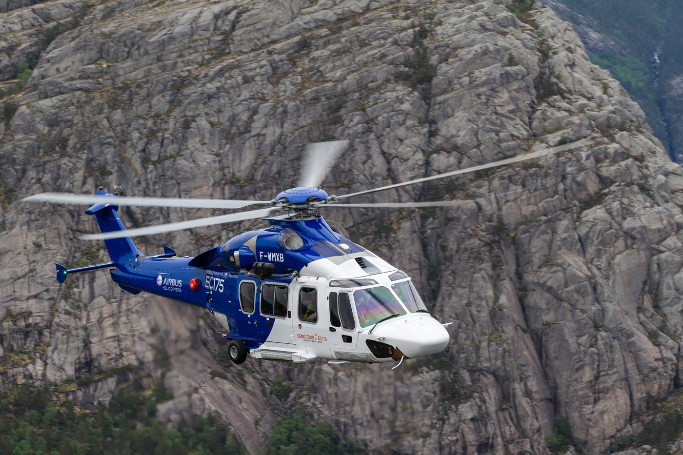 helicopter medical transport with H175 36 on File FEMA   38509   DMAT team helping a resident in Texas also Life Flight in addition Baystate Hospital Opens New Emergency Center 0 besides Mesh info as well 10491 Office Depot Logo Download.